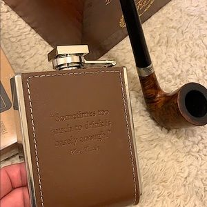Leather embossed flask with Mark twain quote